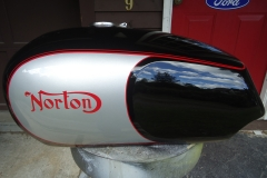 norton-silver-black-1