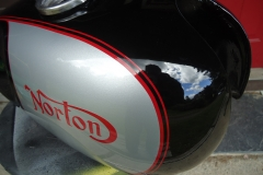 norton-silver-black-2
