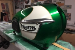triumph-green-white-3